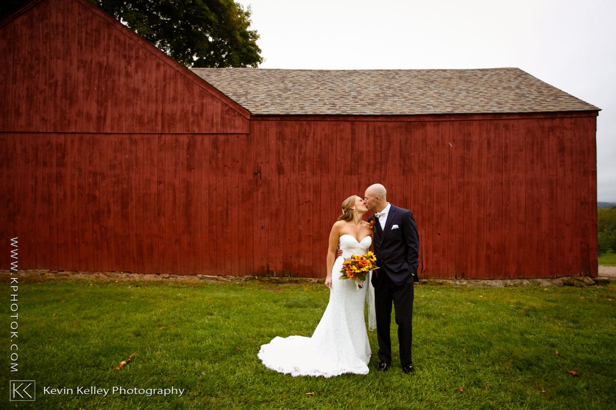 lyman-orchard-wedding-middlefield-ct-2011.jpg