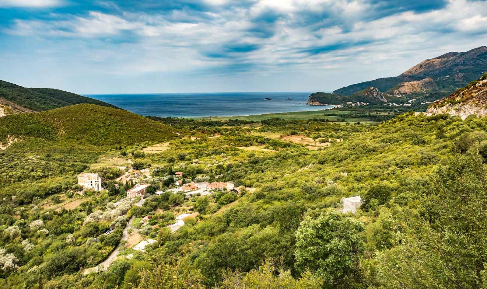 Bikepacking-Balkans-Montenegro-02.jpg