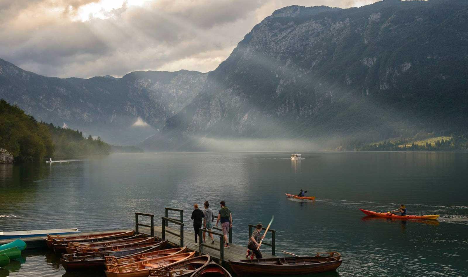 Lake-Bohinj-Slovenia-Kayak.jpg