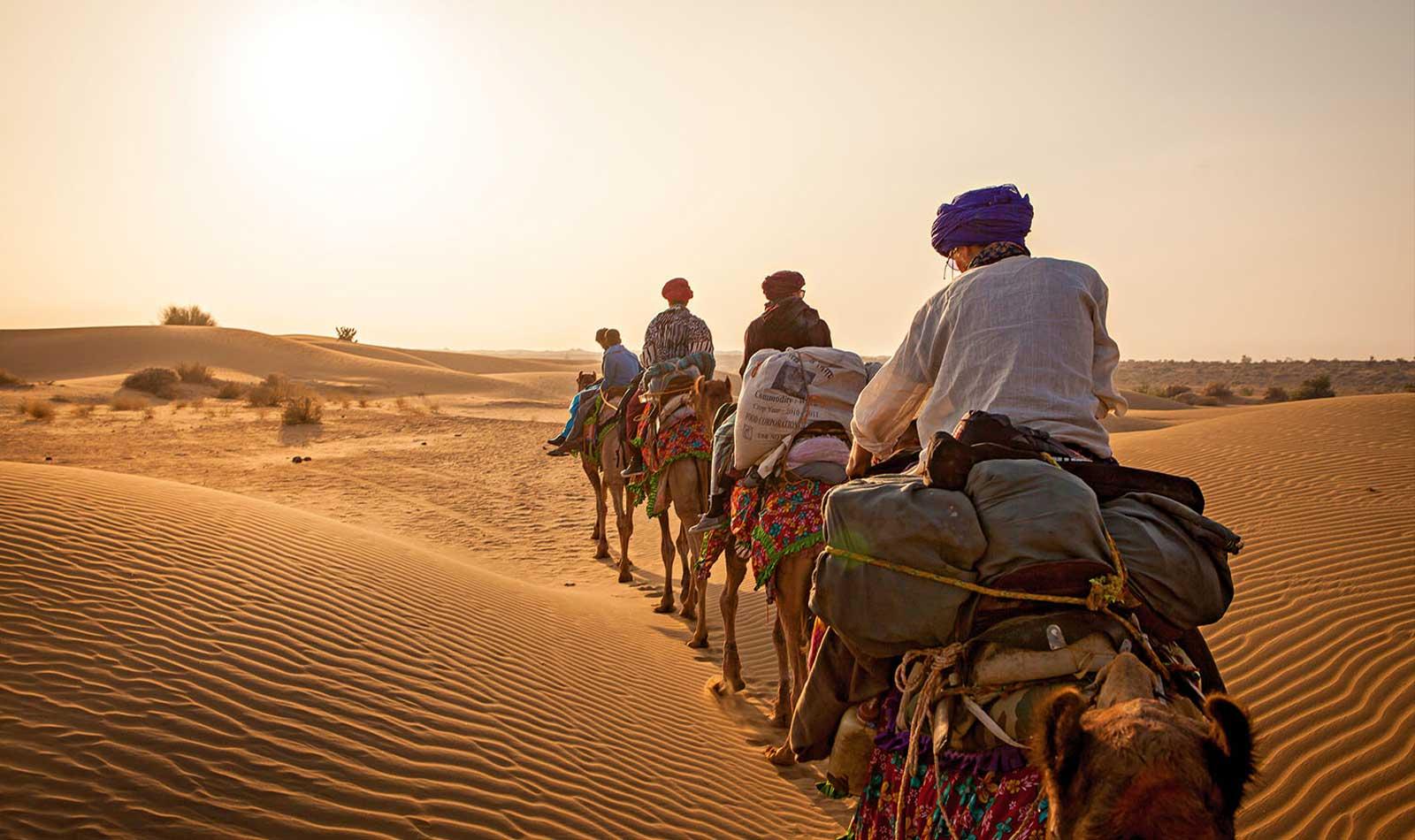 Thar-Desert-Rajasthan-Camel-Safari-01.jpg