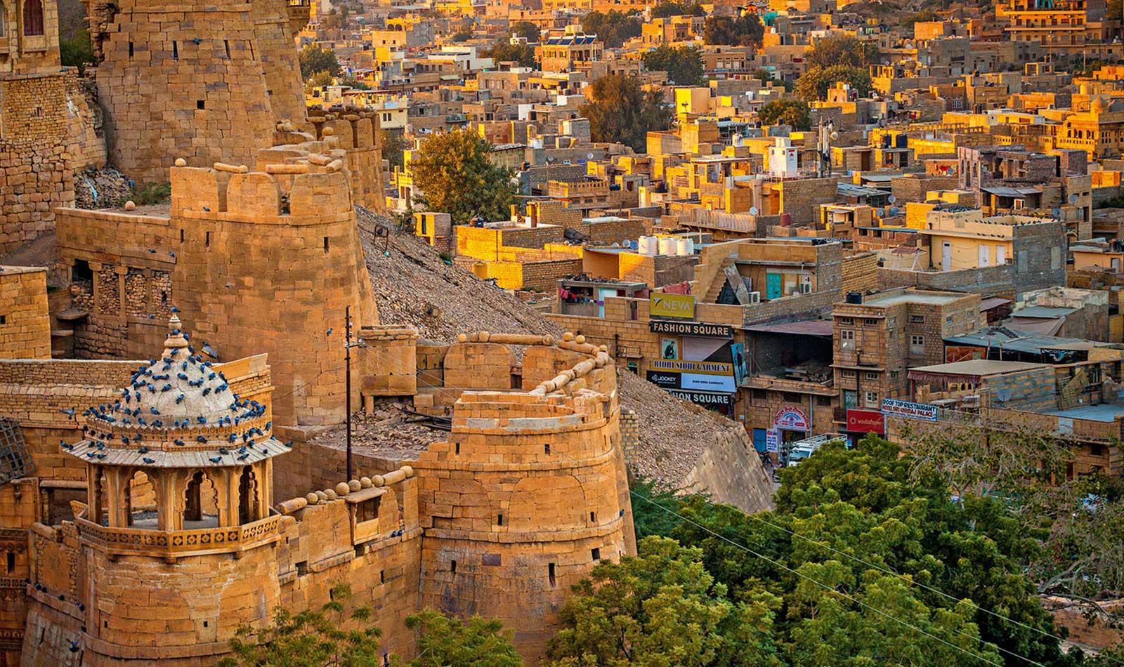 Jaisalmer-Rajasthan-Fort.jpg