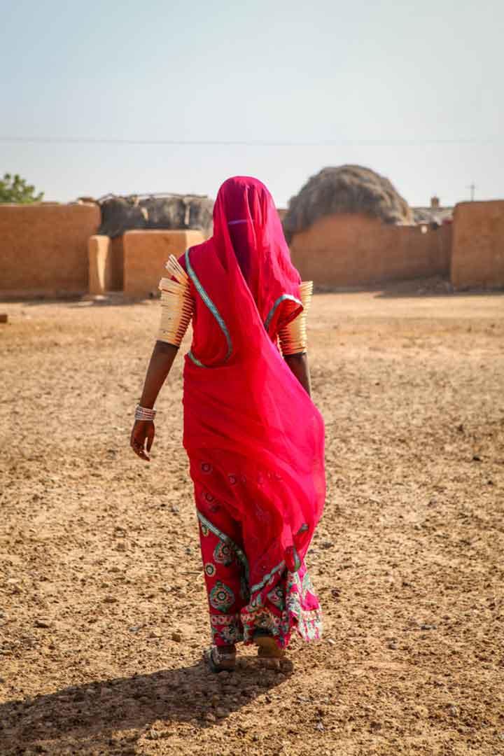 Rajasthan-Woman-02.jpg