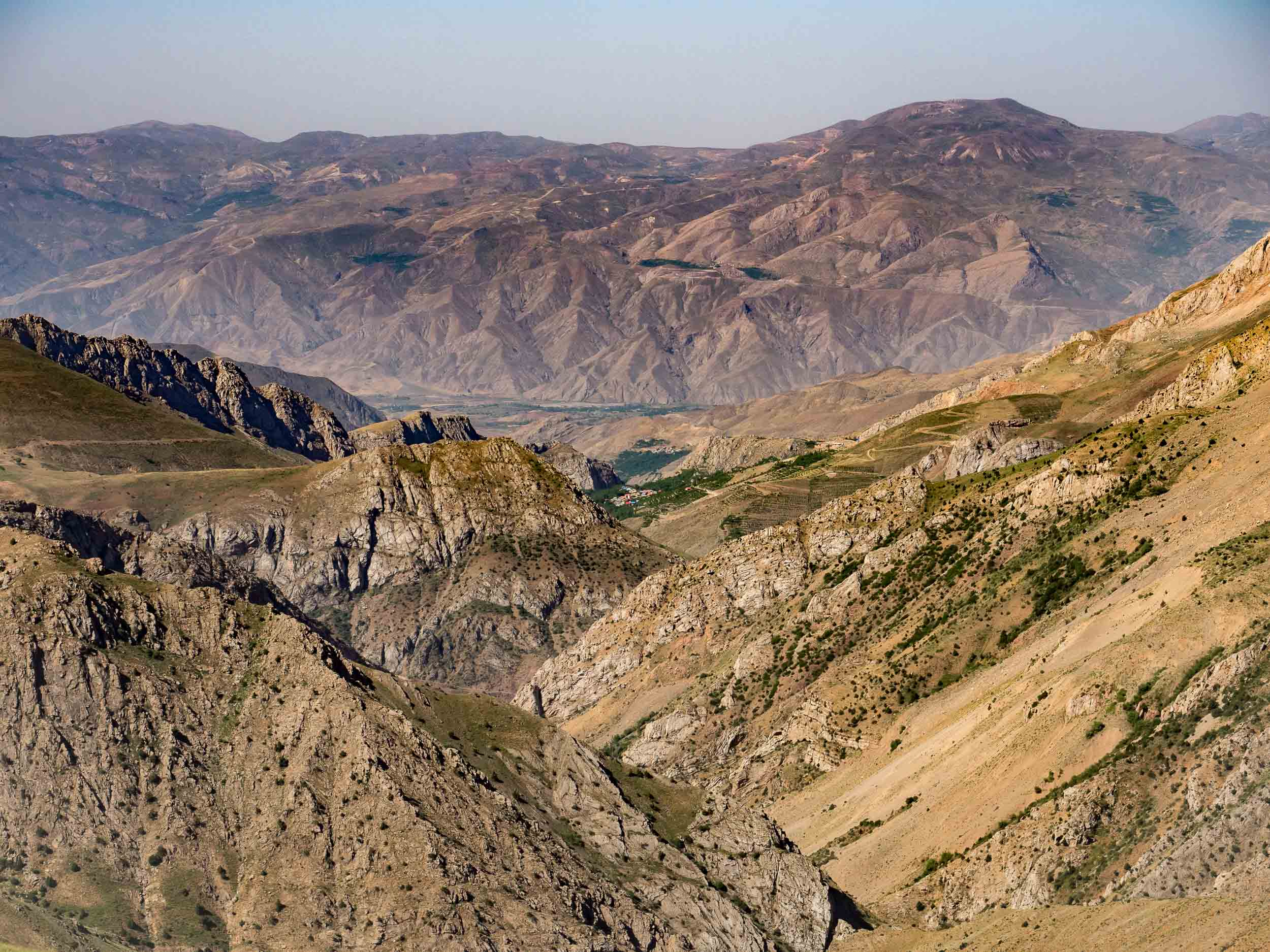 Alamut-Valley-Of-The-Assassins-Hero.jpg