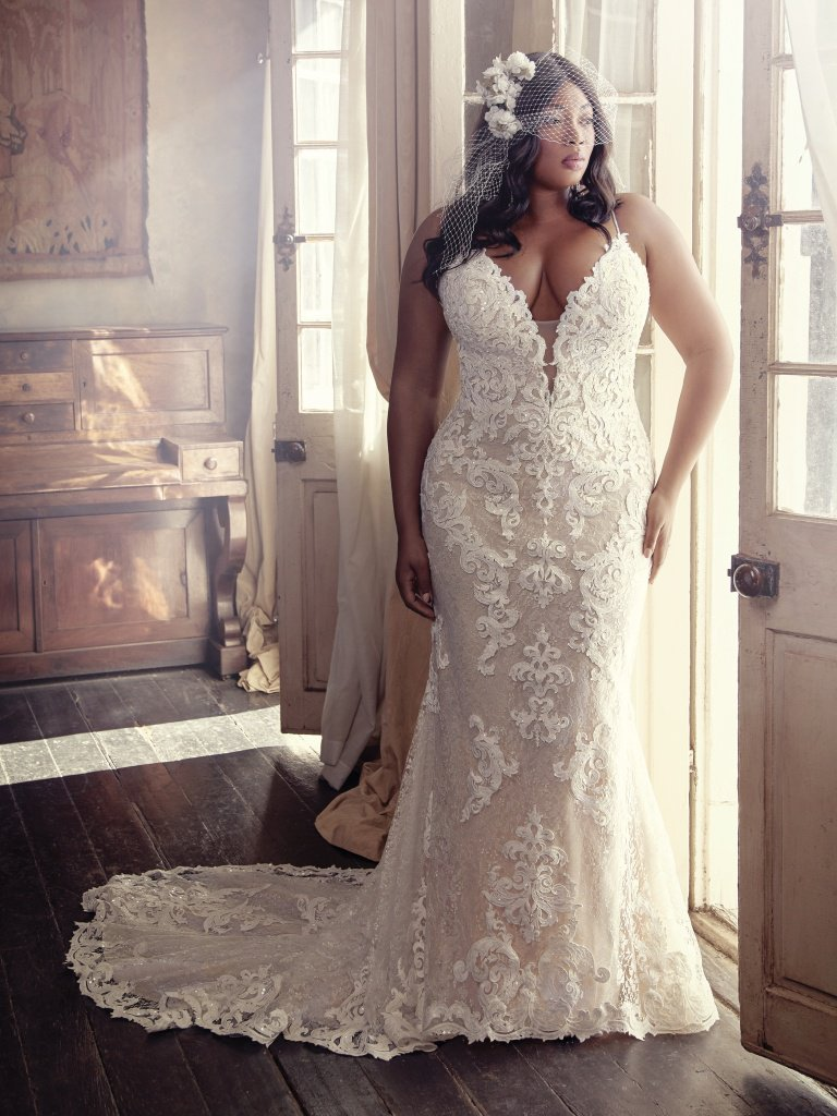 Maggie-Sottero-Tuscany-Marie-8MS794AC-Curve-PROMO1.jpg