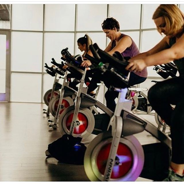 🚨 SPIN Alert 🚨 Salina is doing a pop up #SPIN class tonight at 5:30 pm in place of Jennie's Barre class.  #wearemuletown #muletownmade #happyhealthystrong #columbiatn