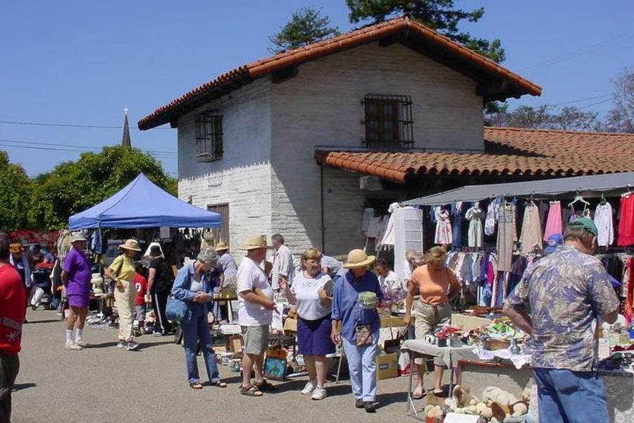 PS_Event_0017_carpenteria museum marketplace.jpg