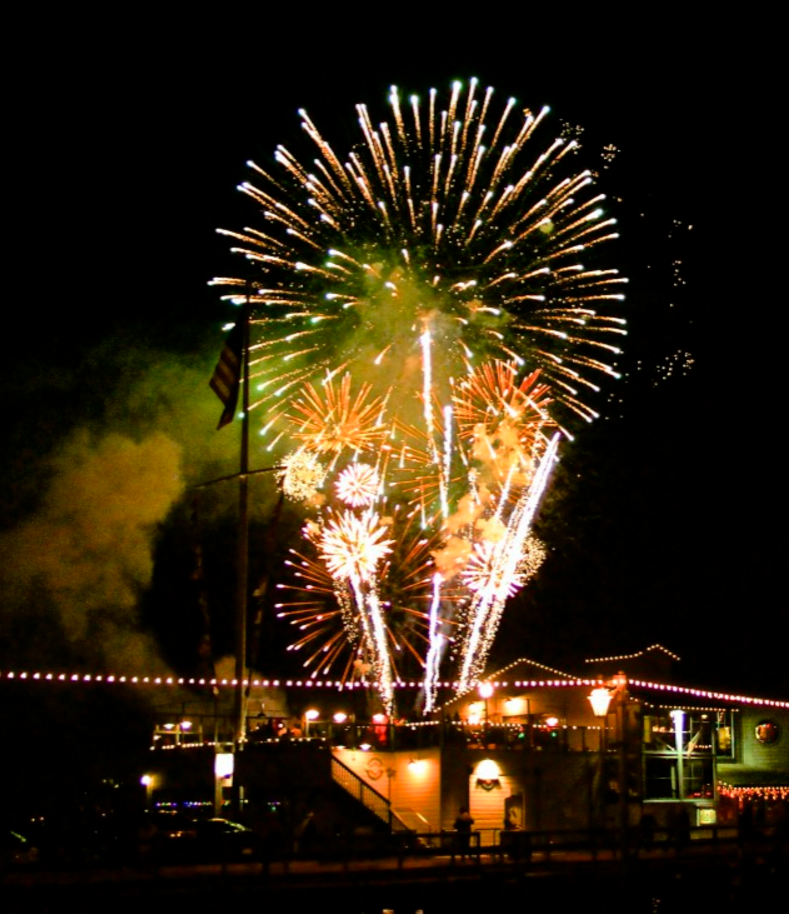 Fourth of July Stearns Wharf.png