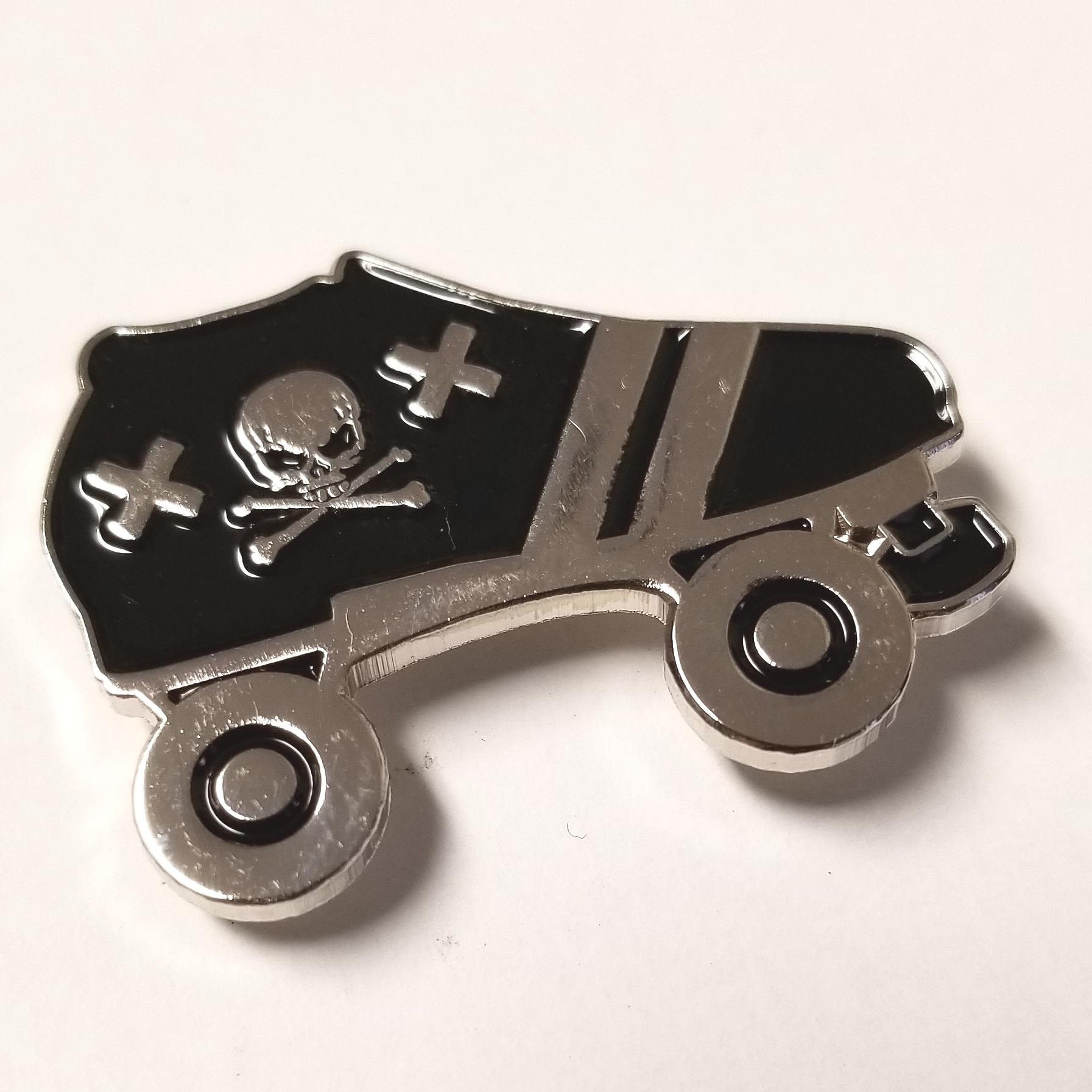Derby Dolls Skate Pin