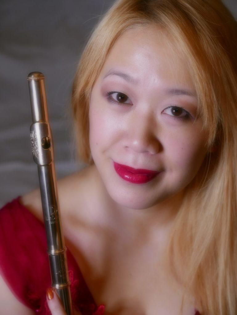 Chrissy Fong (Flute)