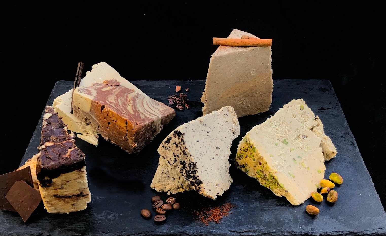 <p><strong>Halva Boutique</strong><i>More →</i></p>