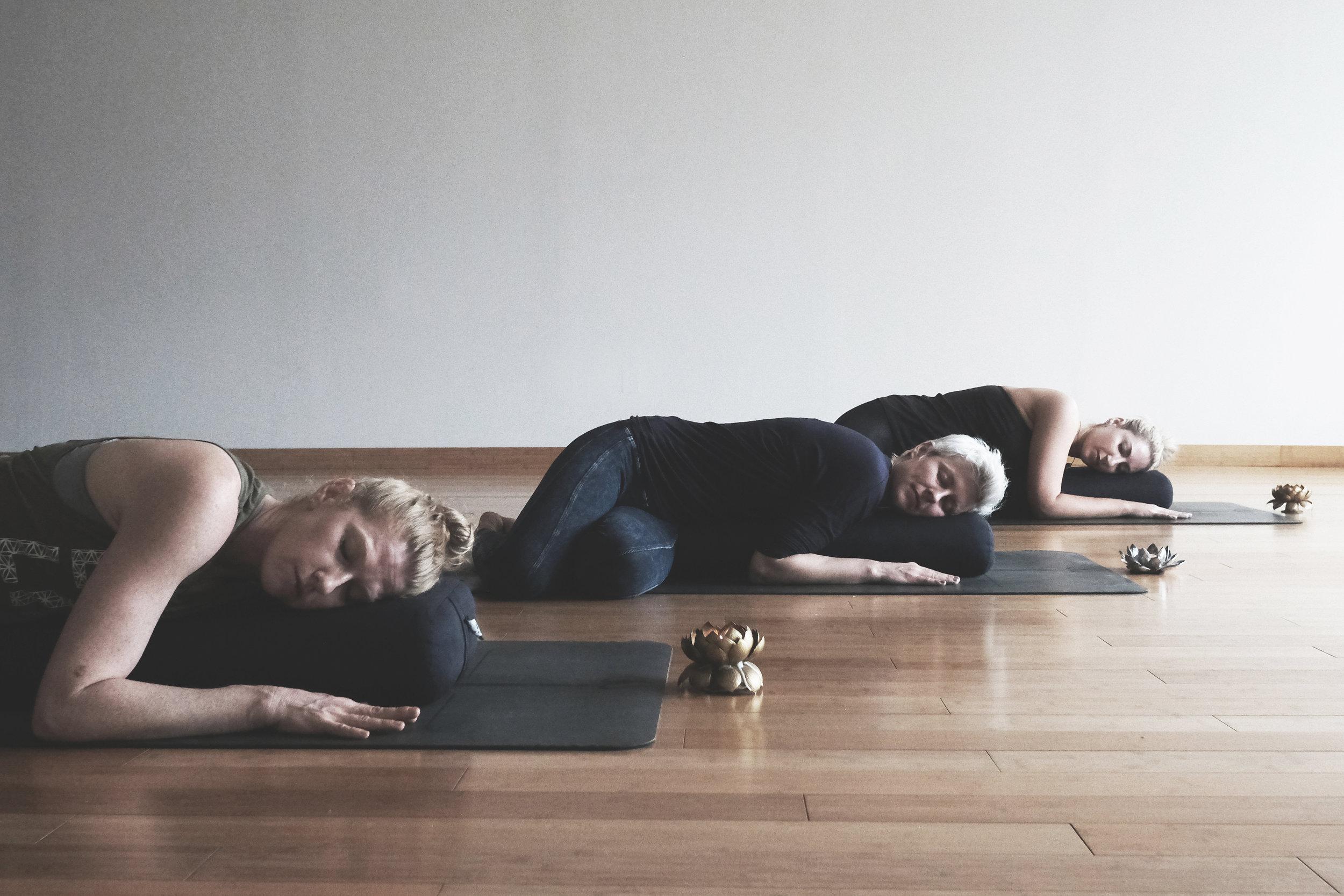 yin & restorative -