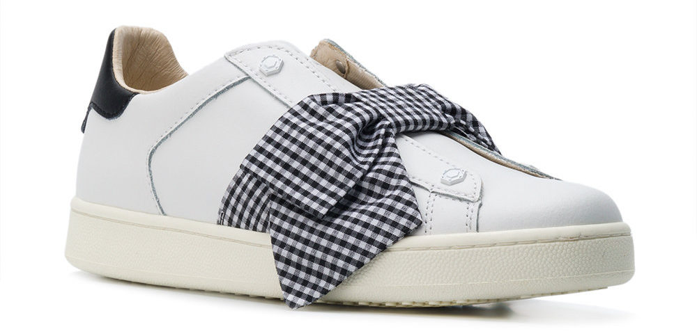 MOA Master Of Arts – Bow Embellished Sneakers