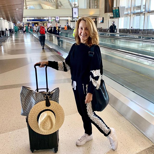 LA ▶️ London and when it comes to traveling, I like to travel smarter not harder! So happy to find out about this useful and chic travel essential from @melissameyers. Toptote @toptoteofficial is a magnetic hat clip that perfectly attaches to any piece of luggage or tote bag. No need to pack your hat in your suitcase anymore with this cool little gadget that's available in an assortment of styles and colors. Thank you @lindsayalbanese Absolutely love it!  #travel #travelaccessories #hatlove #toptote #travelessentials #travelstyle #hatstyle #traveldiary #lemonadetolace