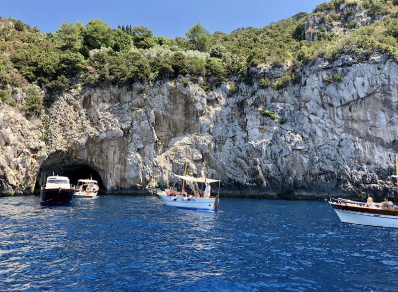 italy-capri-boat-1.jpg