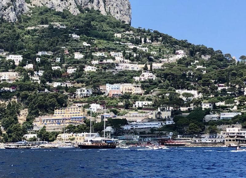italy-capri-boat-6.jpg