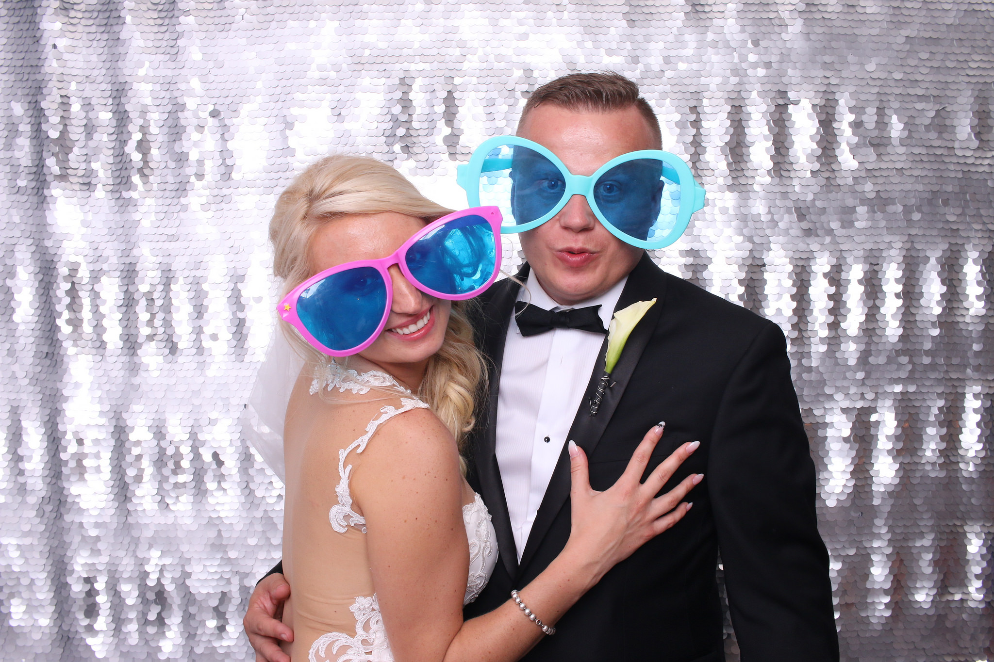 Photo Booth Rental Des Plaines Illinois.jpg