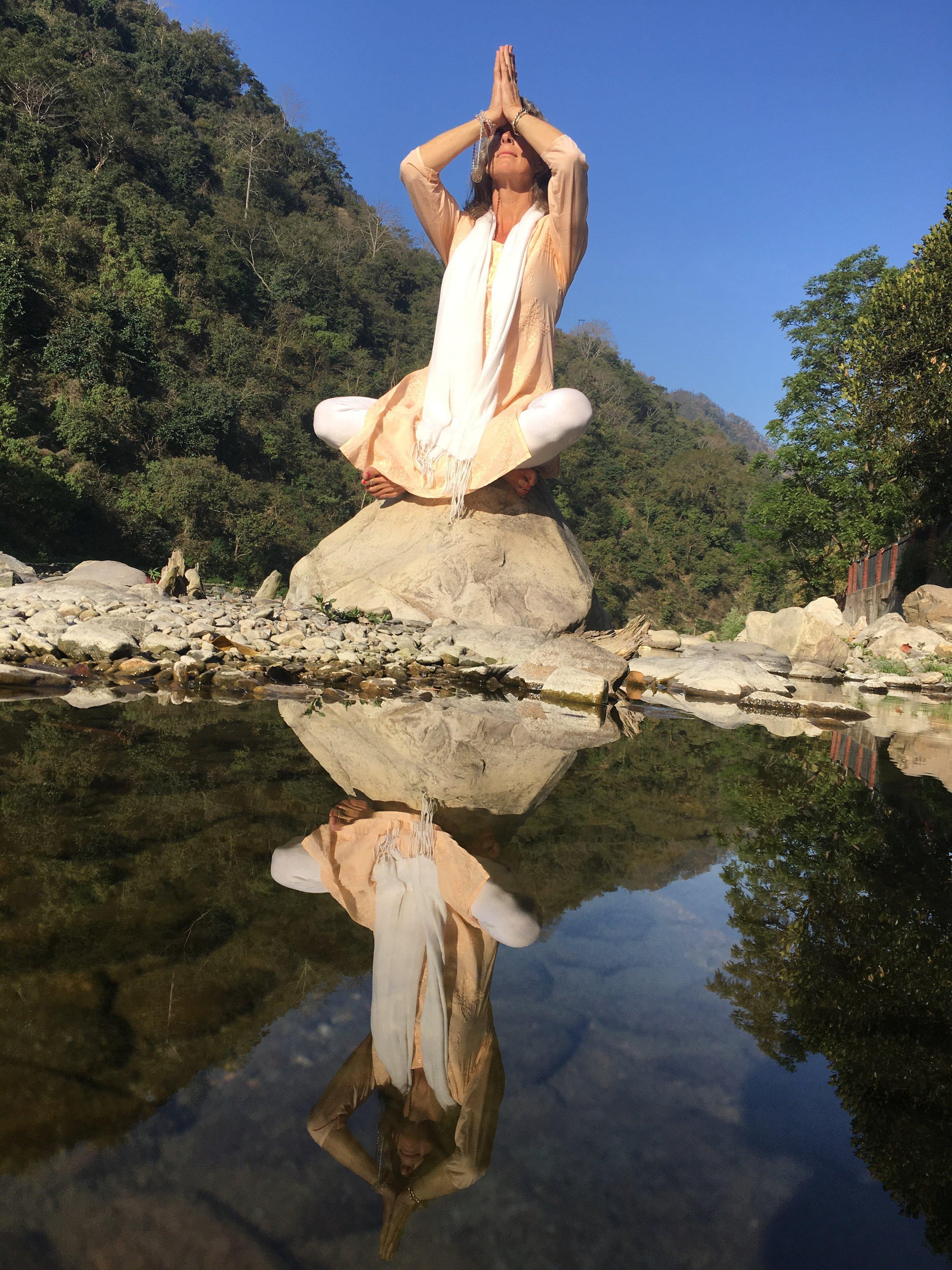 aditi-grandy-evolve-and-radiate-meditation-service.jpg
