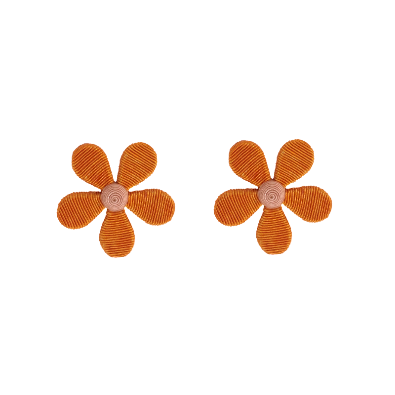 orange_daisy_stud_800x.png