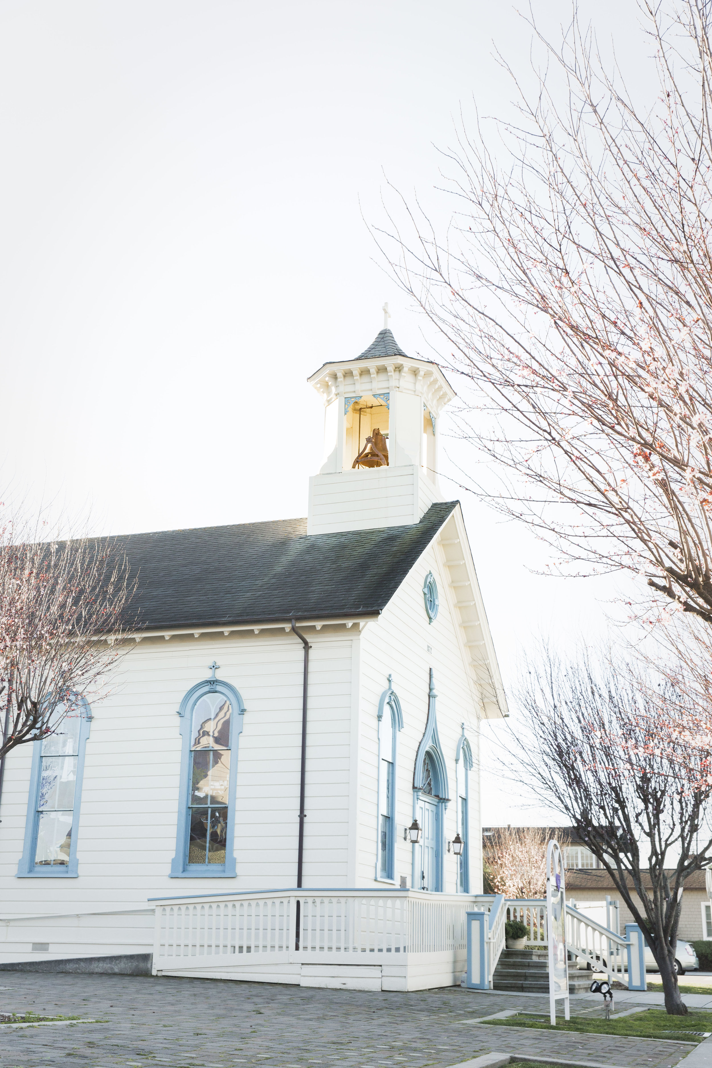 The Historic Chapel - The Historic Chapel is the longest continually used Chapel in San Mateo County, and its stain glass windows provide a peaceful and loving atmosphere. The Chapel can accommodate groups up to 100.