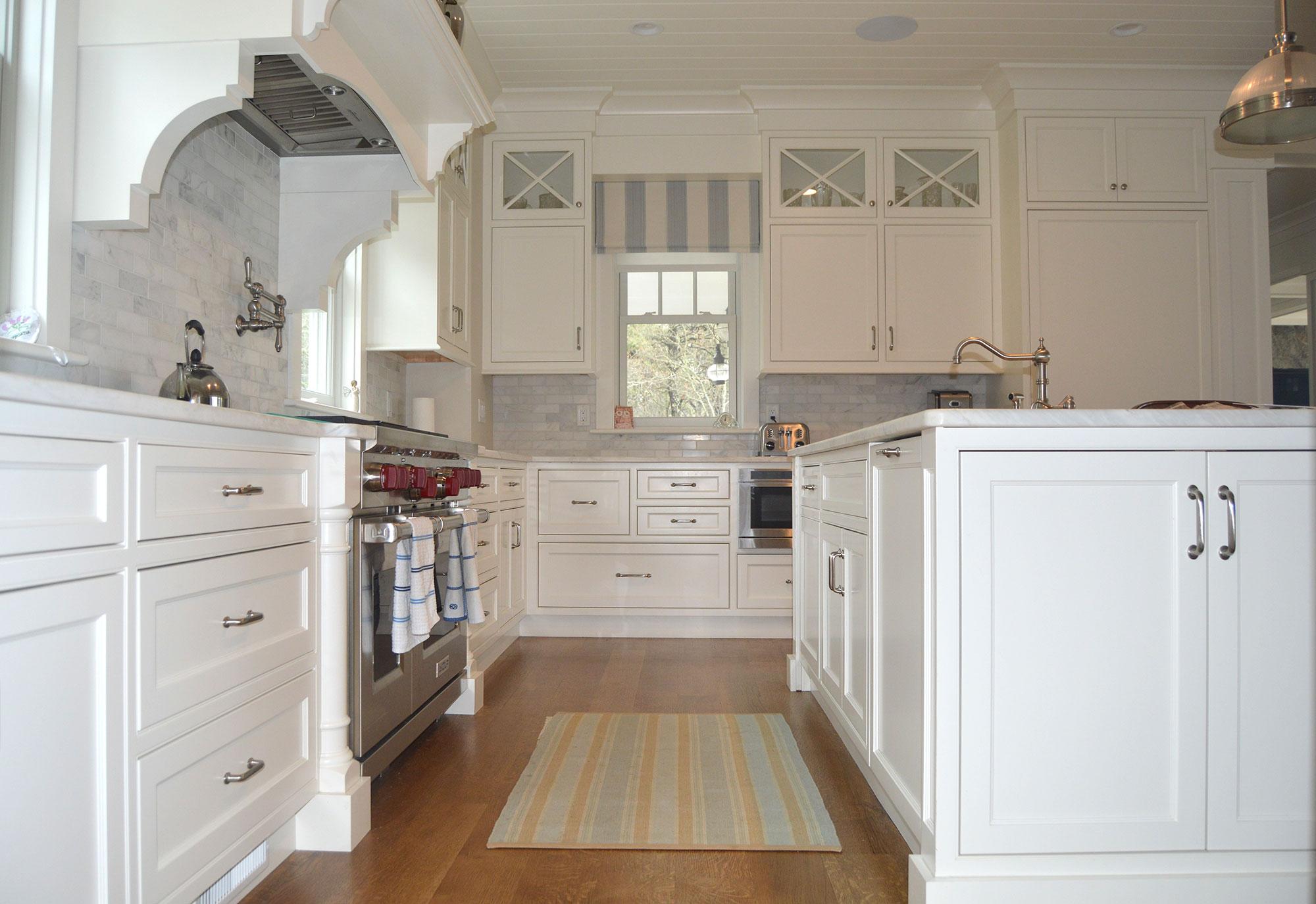 kitchen9otherview.jpg