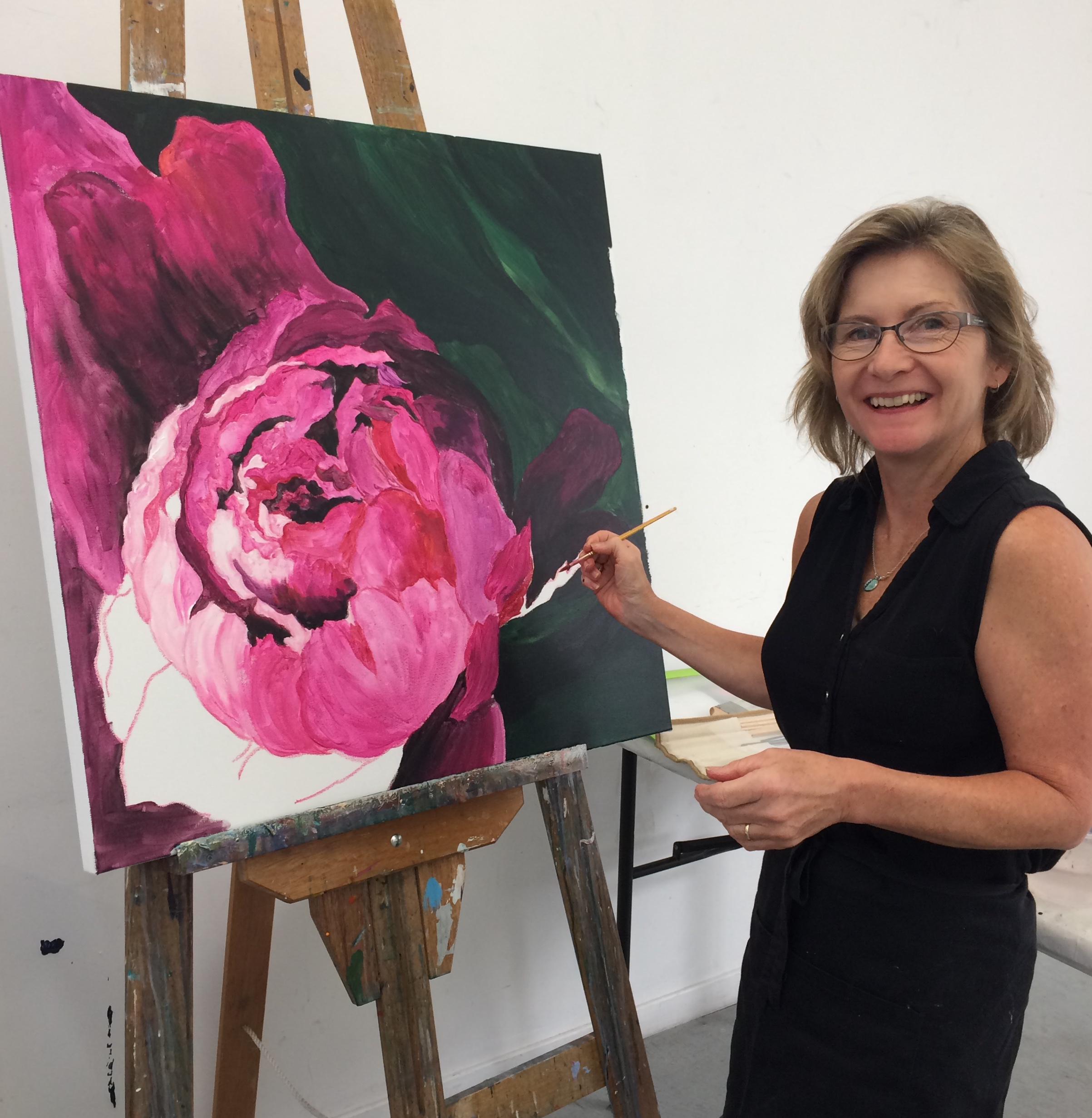 Macro Floral Painting - Create your own, beautiful, large-scale floral painting. Tracey has many years of art experience and will guide beginner and intermediate artists through the steps to create your own art work.Studio 3, BDAS. 1 Short St., Bowral.10.00 am - 4.00 pm, Sunday 28 April 2019.Cost: $130For enquiries and to enrol contact Tracey onE: traceymillermail@gmail.com