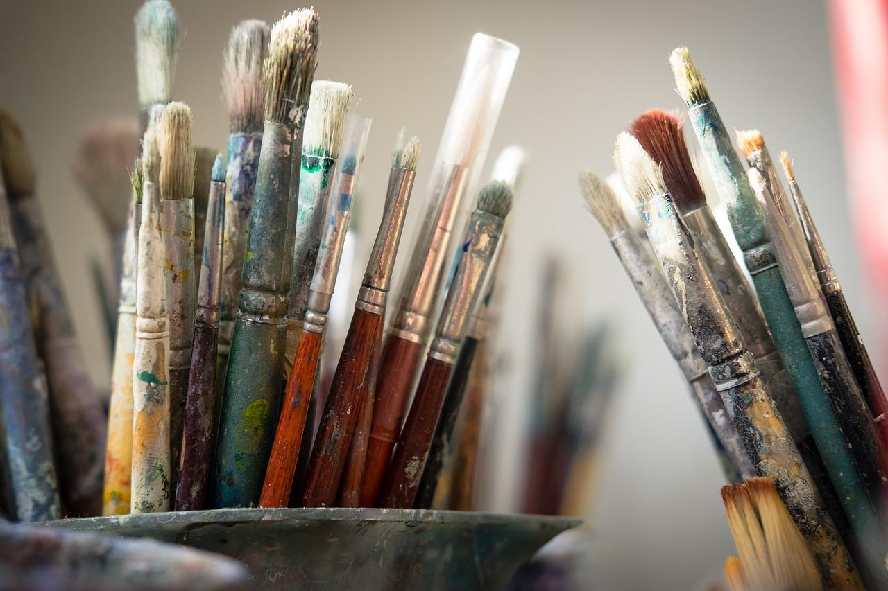 brushes-4226688_1280.jpg