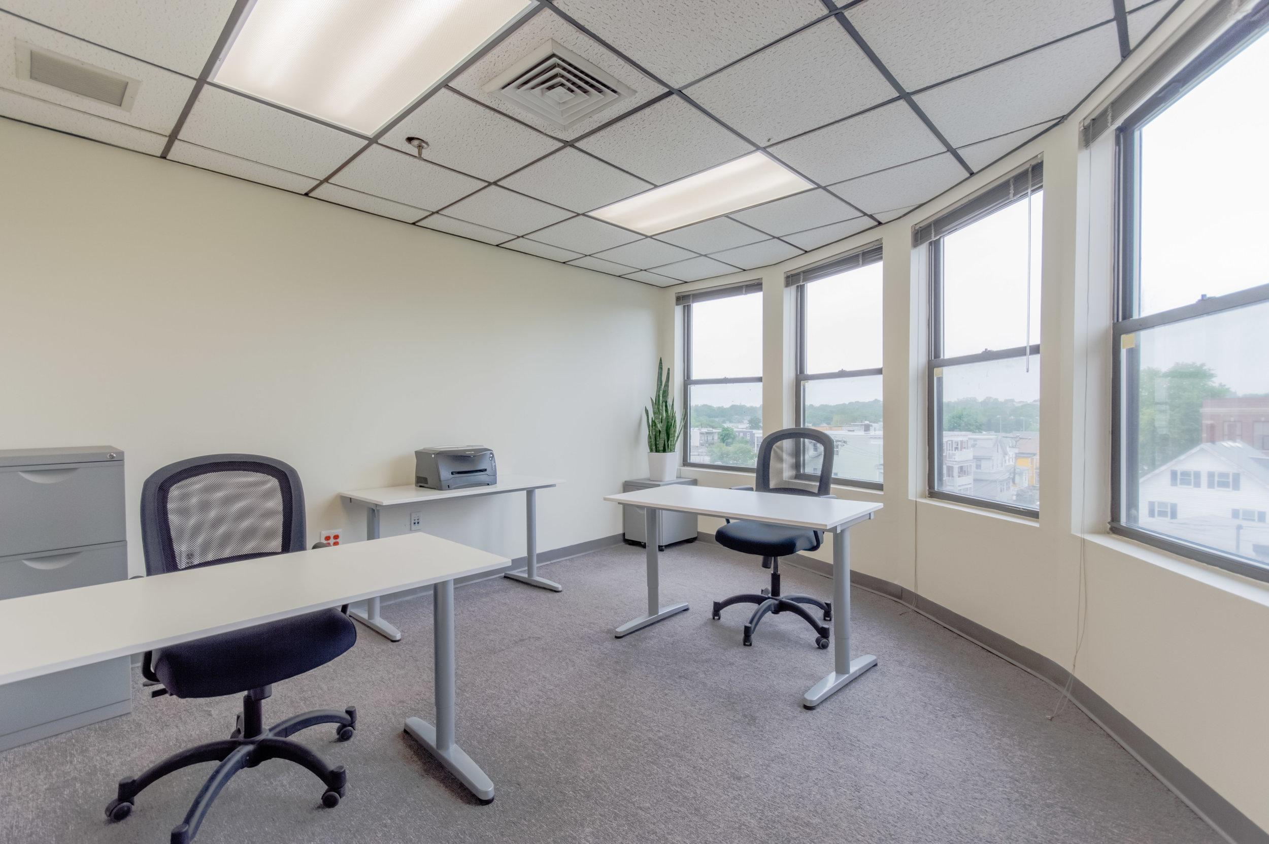 Office9 use.jpg