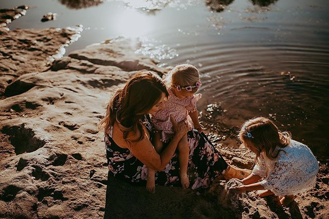 Grandma & her girls 💛☀️