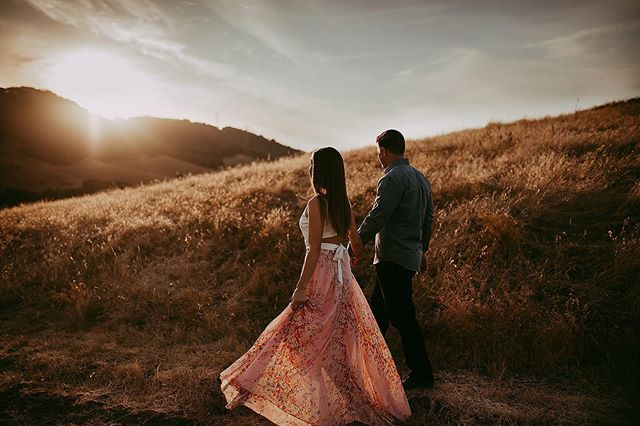 Absolutely a dream engagement session 💛🍁☀️