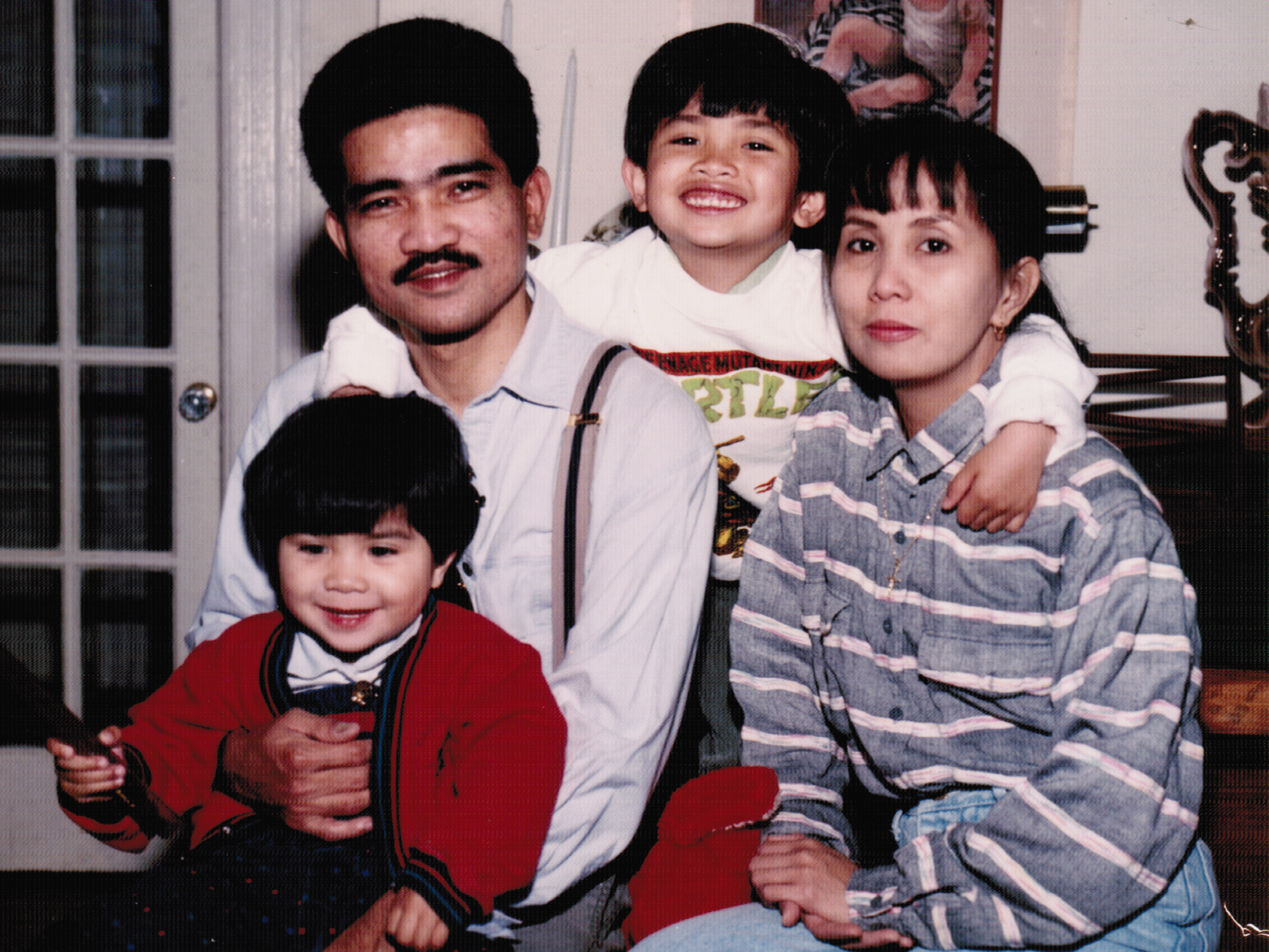 photo-family-undated.png