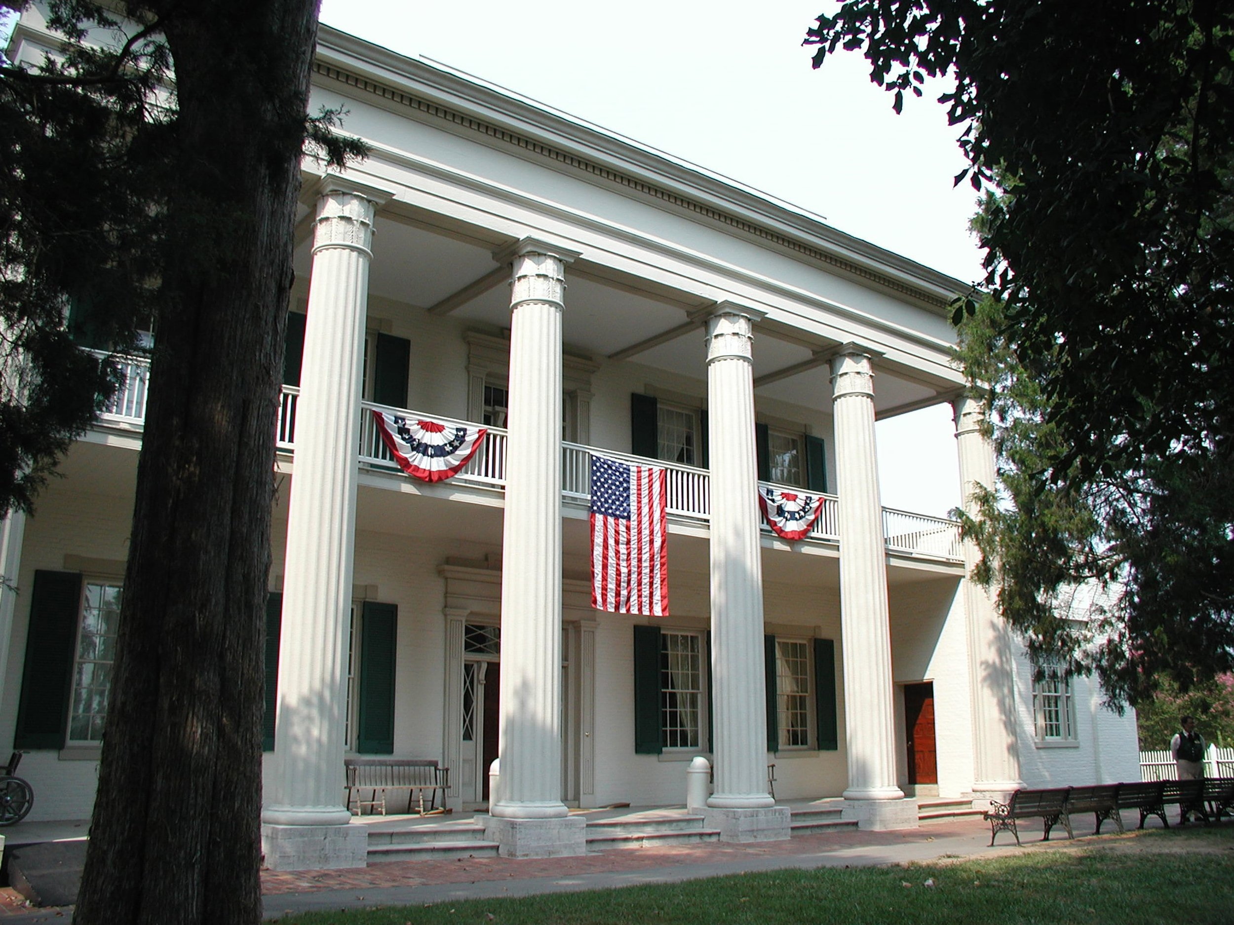 mansion-with-flags.jpg