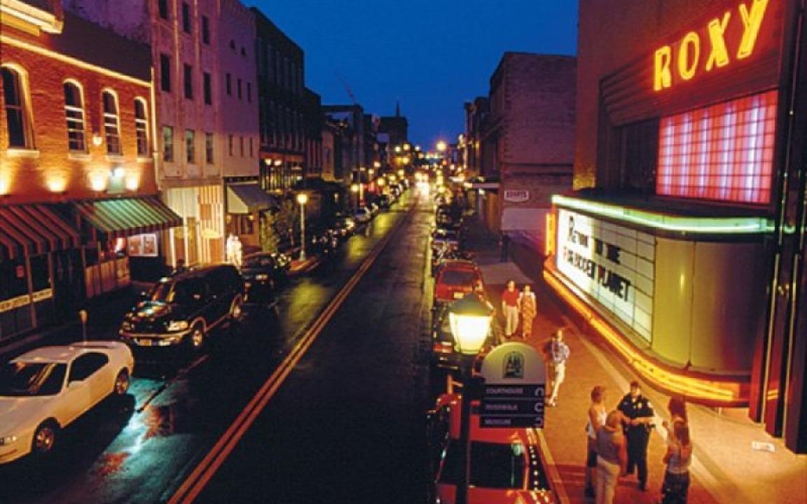 historic-downtown-clarksville_media_706_1.jpg