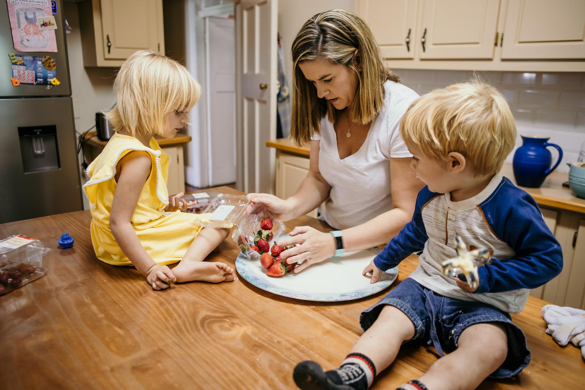 mama-on-the-run-blog-sa-eat-the-rainbow-gut-health.jpg