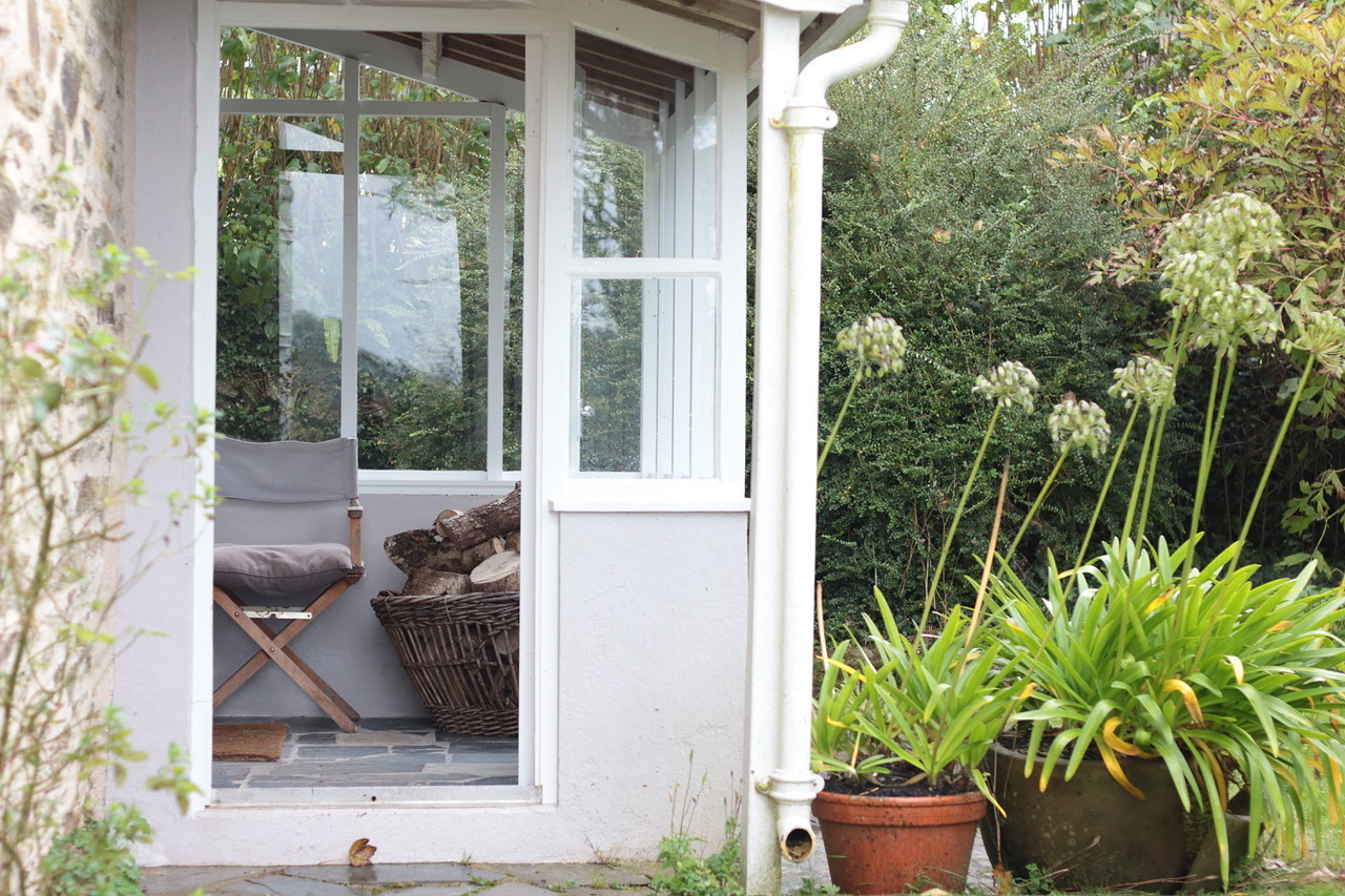 porch 5.jpg