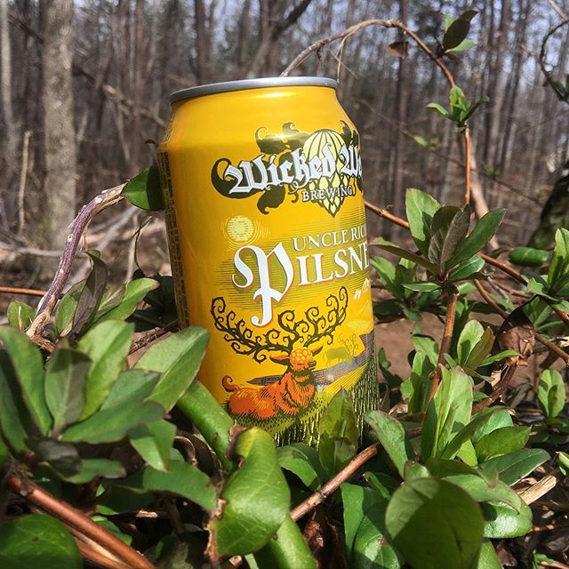 Time for another #beerreview! Uncle Rick's Pilsner from @wickedweedbrewing is a refreshing after-work brew that keeps you on your toes. Check out the link below for a full review.  https://www.passportbeerlandia.com/reviews/wicked-weed-uncle-ricks-pilsner  #pilsner #beer #craftbeer #ncbeer #ashevillebeer #wickedweed #beerandtravel #drinkingwhiletraveling #craftbeerpassport #hops #hophead