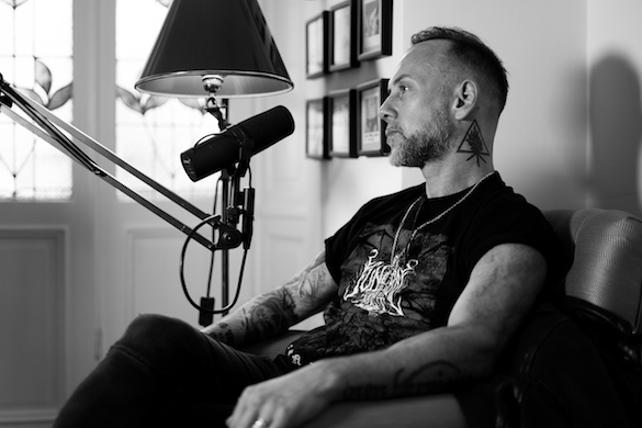 Nergal_speaking_web.jpeg