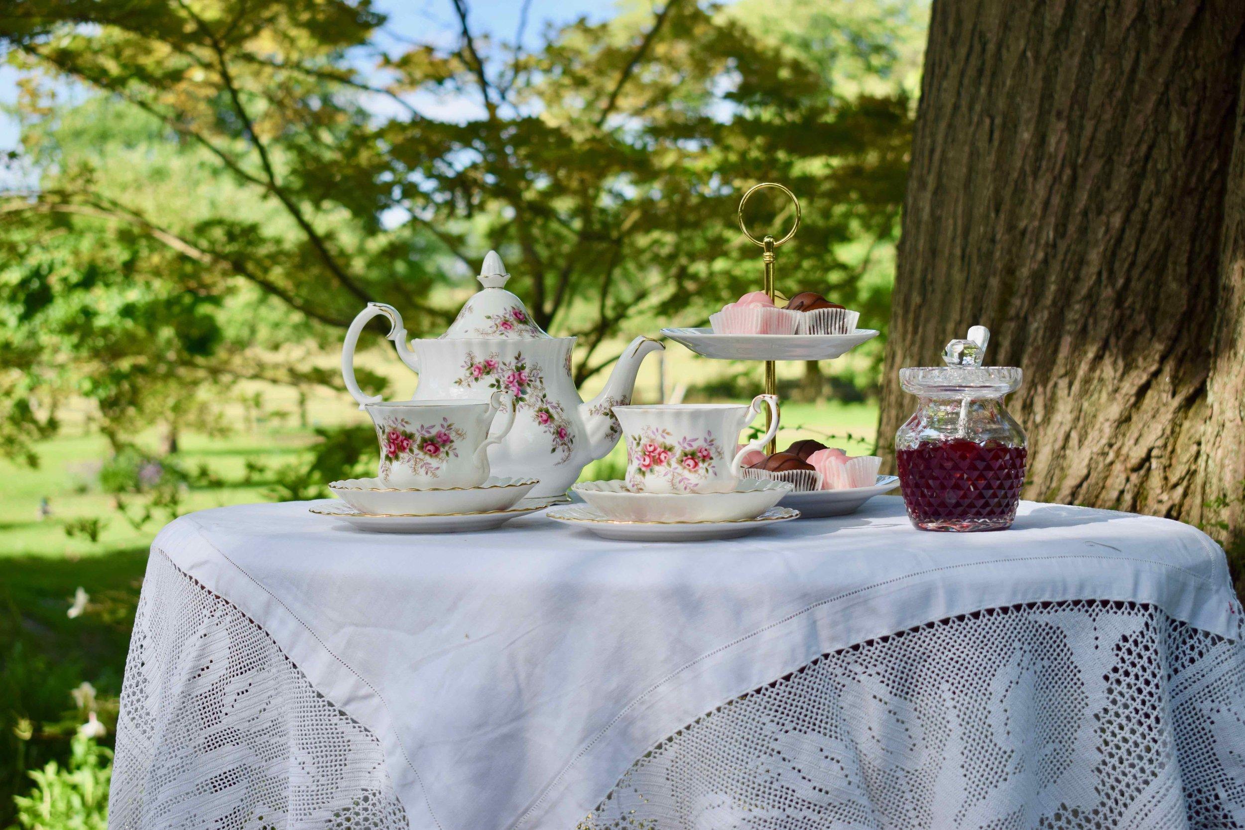 Royal Albert Teapot and Teacups