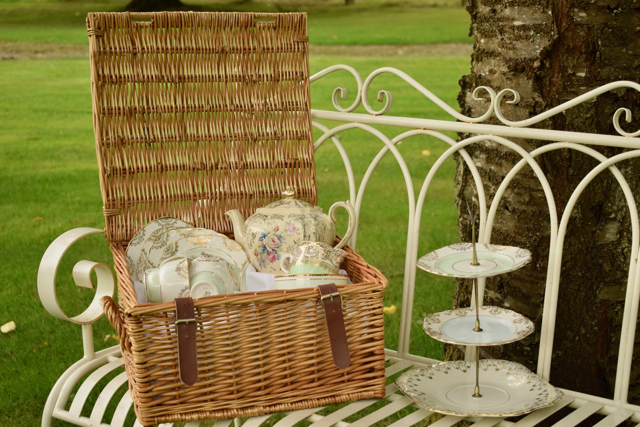 Tea With Friends - Vintage china hire for four people, arrives in a Fortnum's Hamper!
