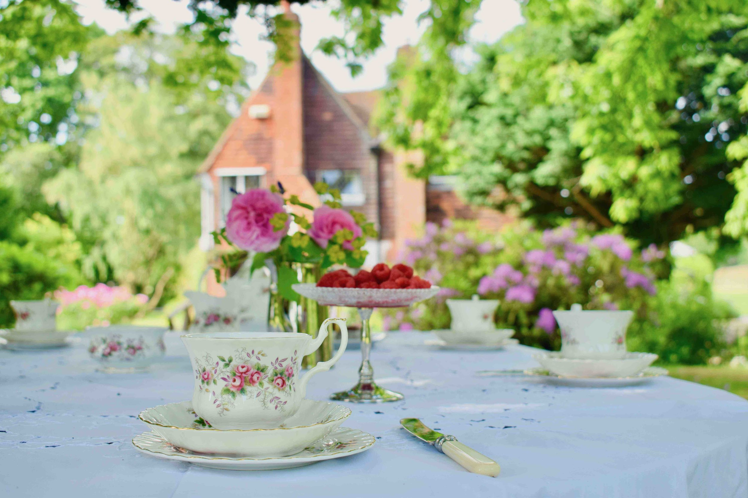 Tea For A Party - Vintage china hire for 35 people, perfect for larger birthday parties, christenings and other celbrations