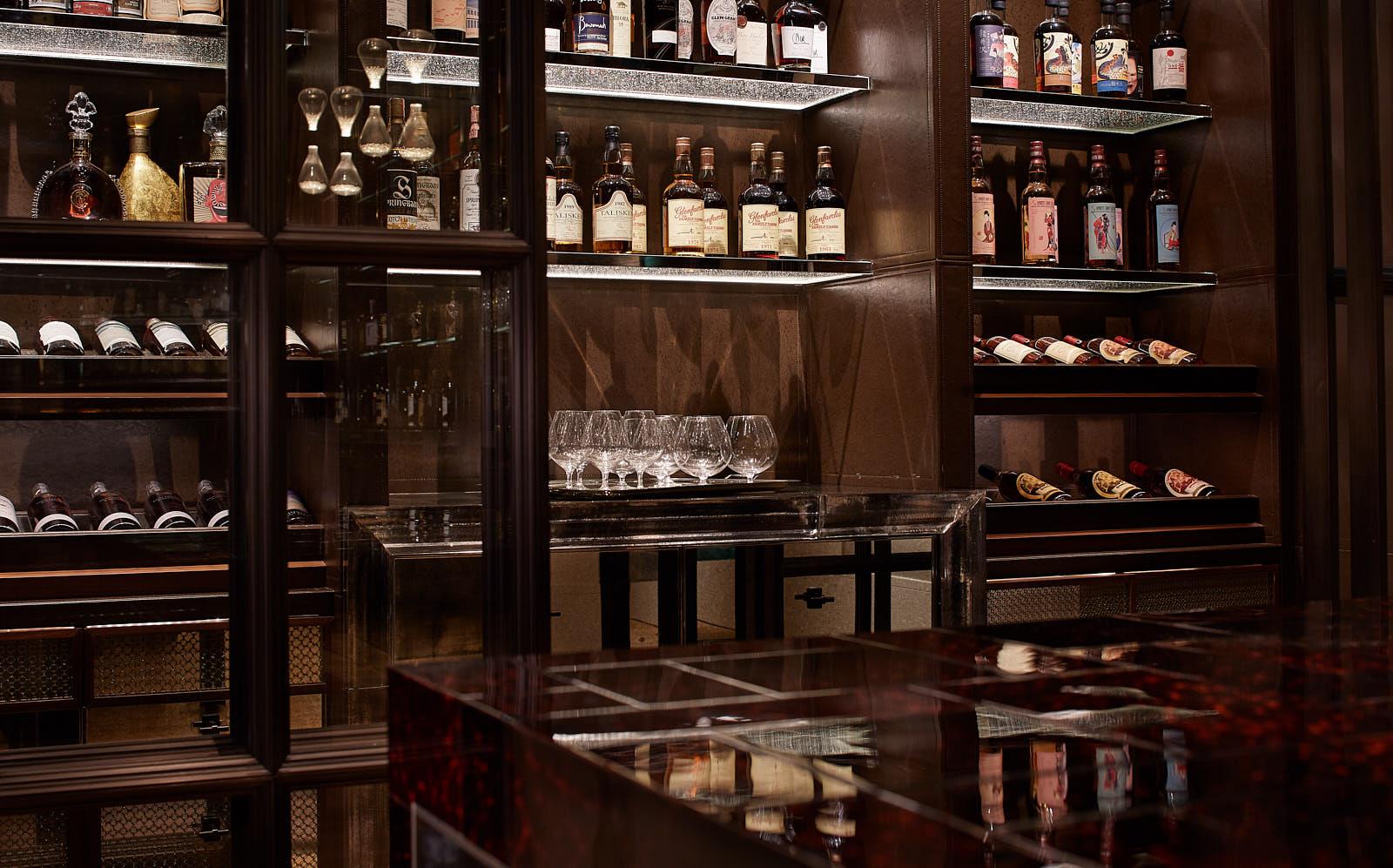 RWHKG_DarkSide Whisky Library.jpg