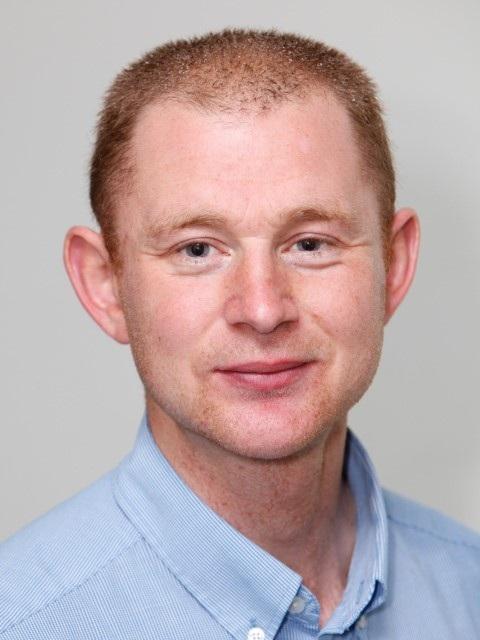 Dr-Gareth-Arnott-3-Small.jpg