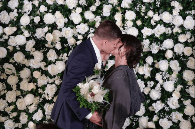 The Wedding Tossers with The Edge - The Edge radio station hosted an epic wedding for Steph & Brody at Stables Matakana and I was lucky enough to be the celebrant!31 May 2018Official Photos & VideoExchange of VowsHusband and WifeHighlights of the Big Day