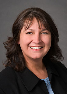 220px-Denise_Juneau,_Montana_Superintendent_of_Public_Instruction_5.3.2010.jpg