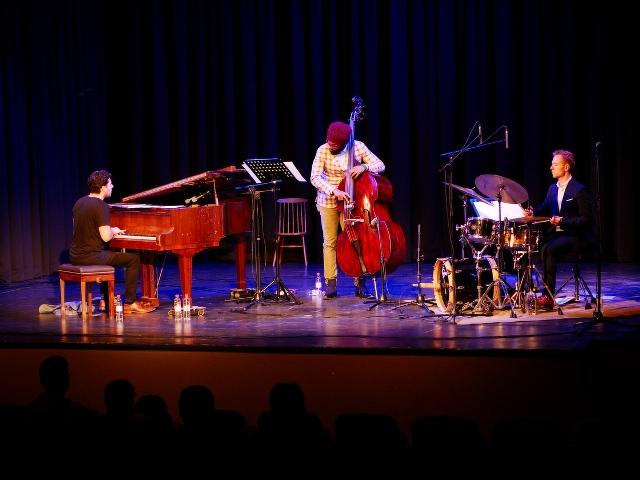 The New Standards Trio & A Love Lane Nocturne