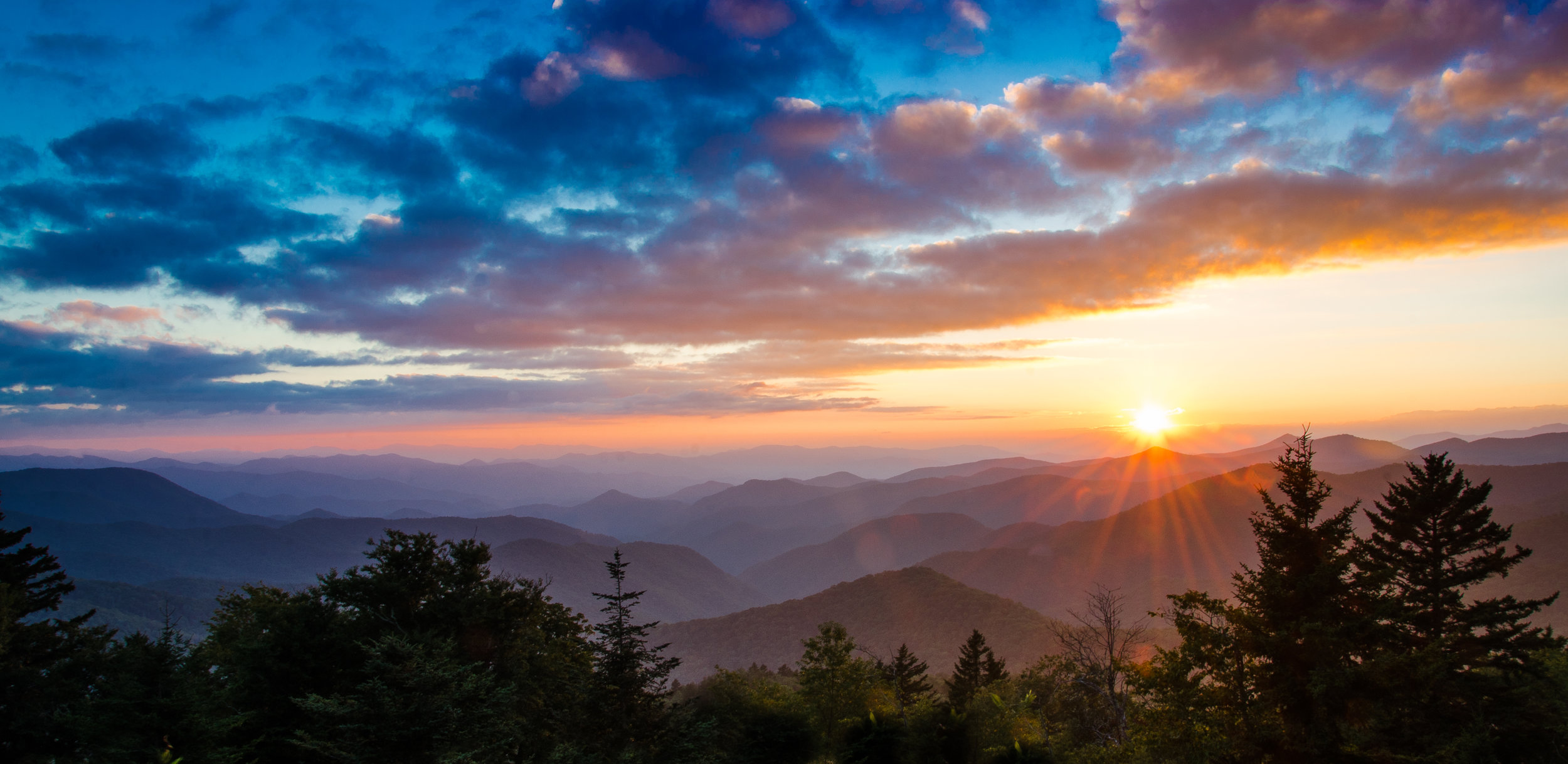 north-carolina-sunset-overlook-amber-clouds-mountains-1425647-pxhere.com.jpg
