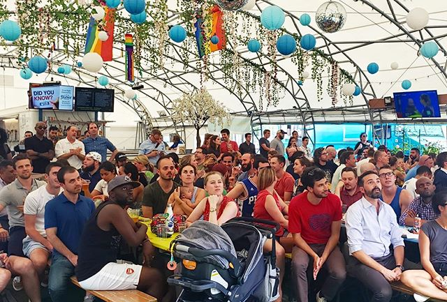 We had a blast watching today's game with this amazing crowd!!⚽️🍺 #fifa #worldcup2019