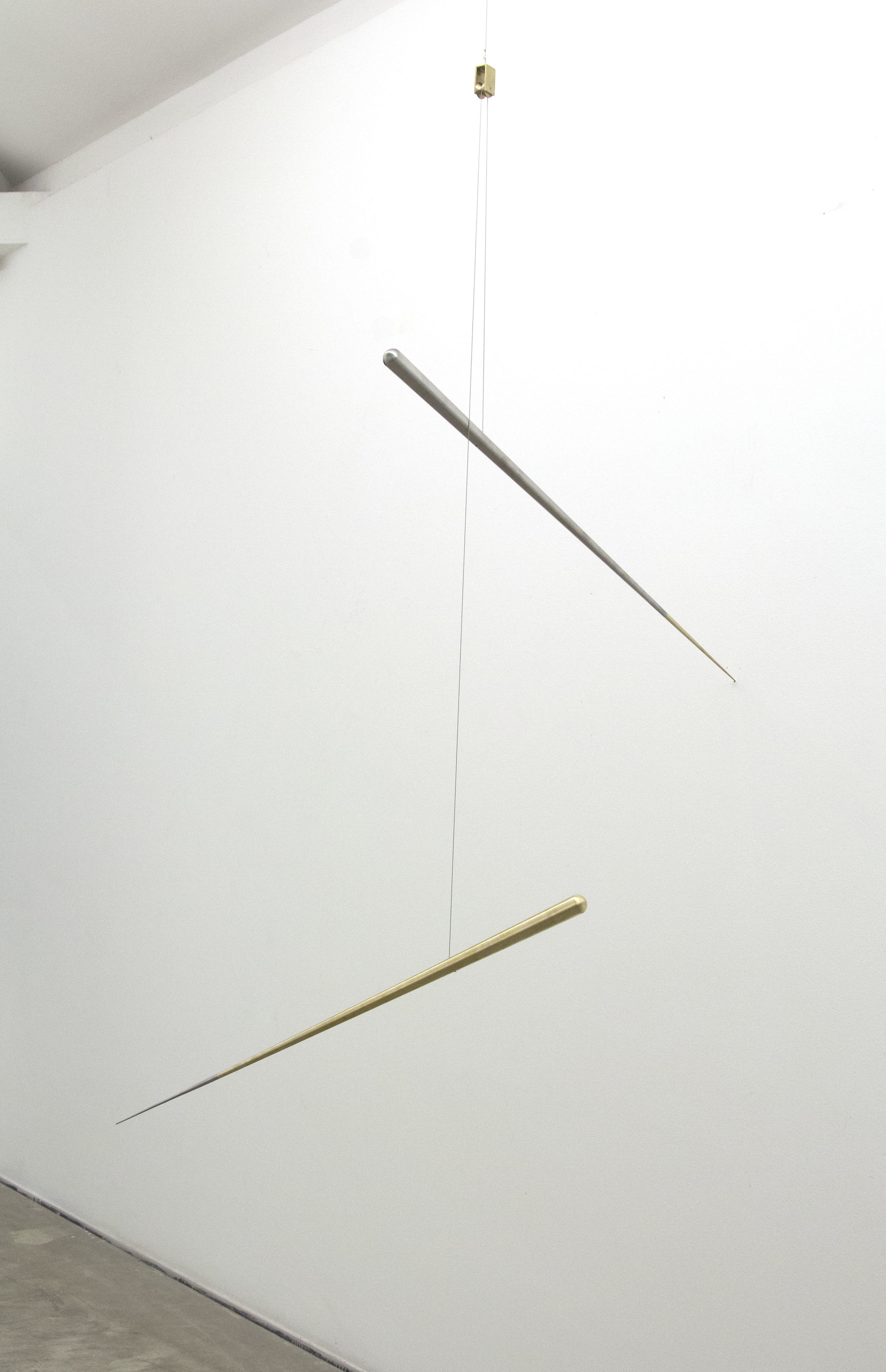 Artur Lescher  Tato , 2017 brass, stainless steel and steel cable 90 x Ø 2,5 cm (each) Edition of 5 plus 2 AP's