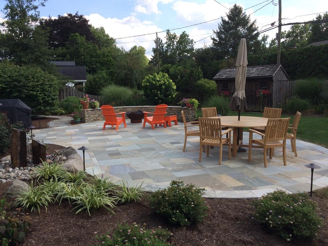 Flagstone patio in Lititz, PA