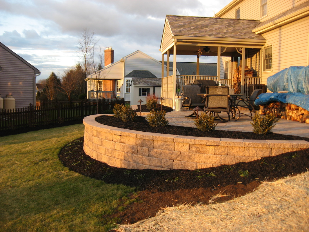 Retaining wall and brick patio in Lititz, PA