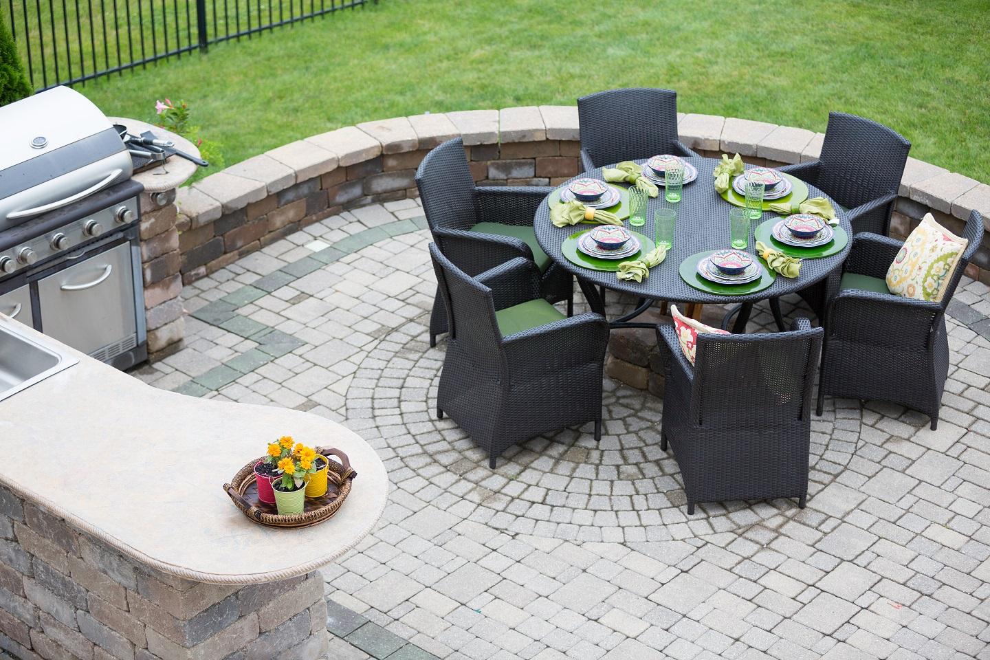 Outdoor living landscape services in Newington, CT